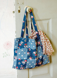 Easy Vintage Tea Towel Tote Bag