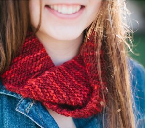 Candy Apple Cowl