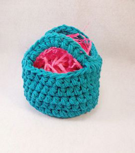 Mini crochet easter basket allfreecrochet if you have two skeins of yarn and around an hour of free time you can quickly crochet your own diy basket for easter the mini easter basket is one of the negle Gallery