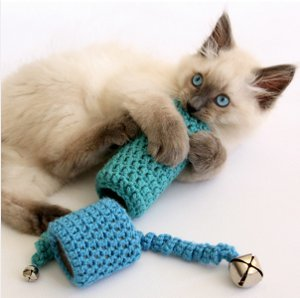 Crocheted Cat Toy Favecrafts Com