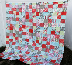 Easy Peasy Fat Quarter Quilt | AllFreeSewing.com : easy quilt patterns using fat quarters - Adamdwight.com