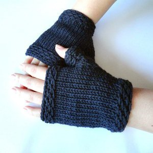 Classic Navy Fingerless Gloves
