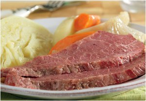 Mouthwatering Slow Cooked Corned Beef and Cabbage