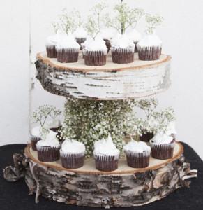Build a Cupcake Bar: 38 Wedding Cupcake Ideas | AllFreeDIYWeddings.com