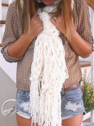 30 Minute Arm Knit Fringe Scarf