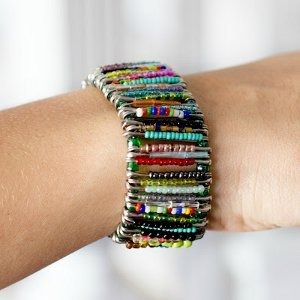 Seed bead safety pin bracelet for Safety pin and bead crafts