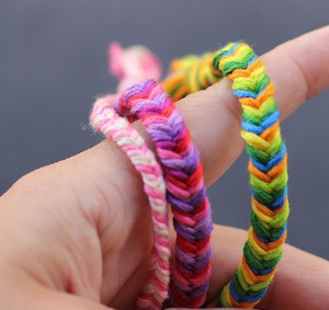 How to Make Friendship Bracelets for Every Season: 30 DIY Bracelets