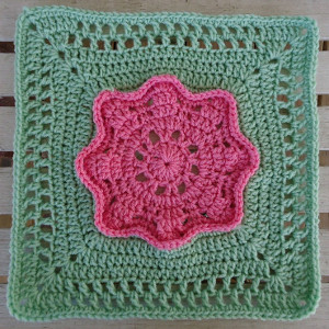 3D Pink Rose Granny Square Pattern