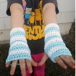 Kid-Sized Wrist Warmers