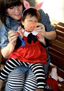 Olivia the Pig DIY Halloween Costume  sc 1 st  AllFreeSewing & Olivia the Pig DIY Halloween Costume | AllFreeSewing.com