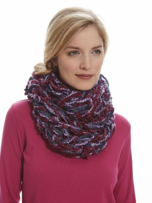 Seed Stitch Arm Knit Cowl