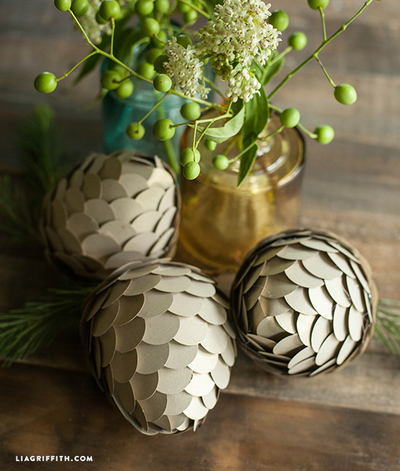 DIY Woodland Wonderland Paper Pinecones
