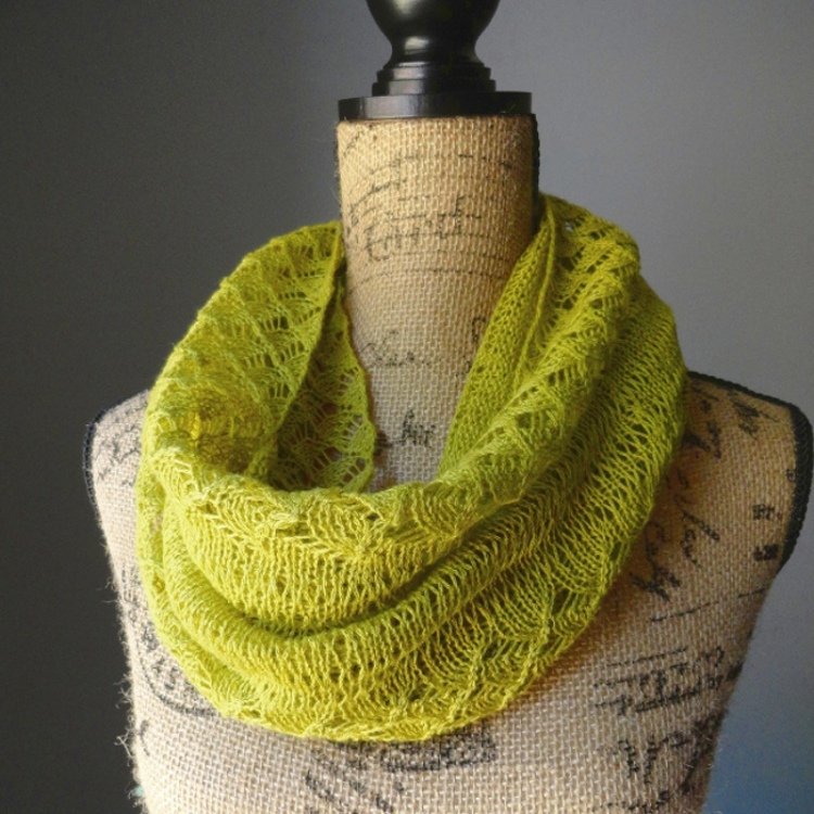 Spring Lace Infinity Scarf AllFreeKnitting.com