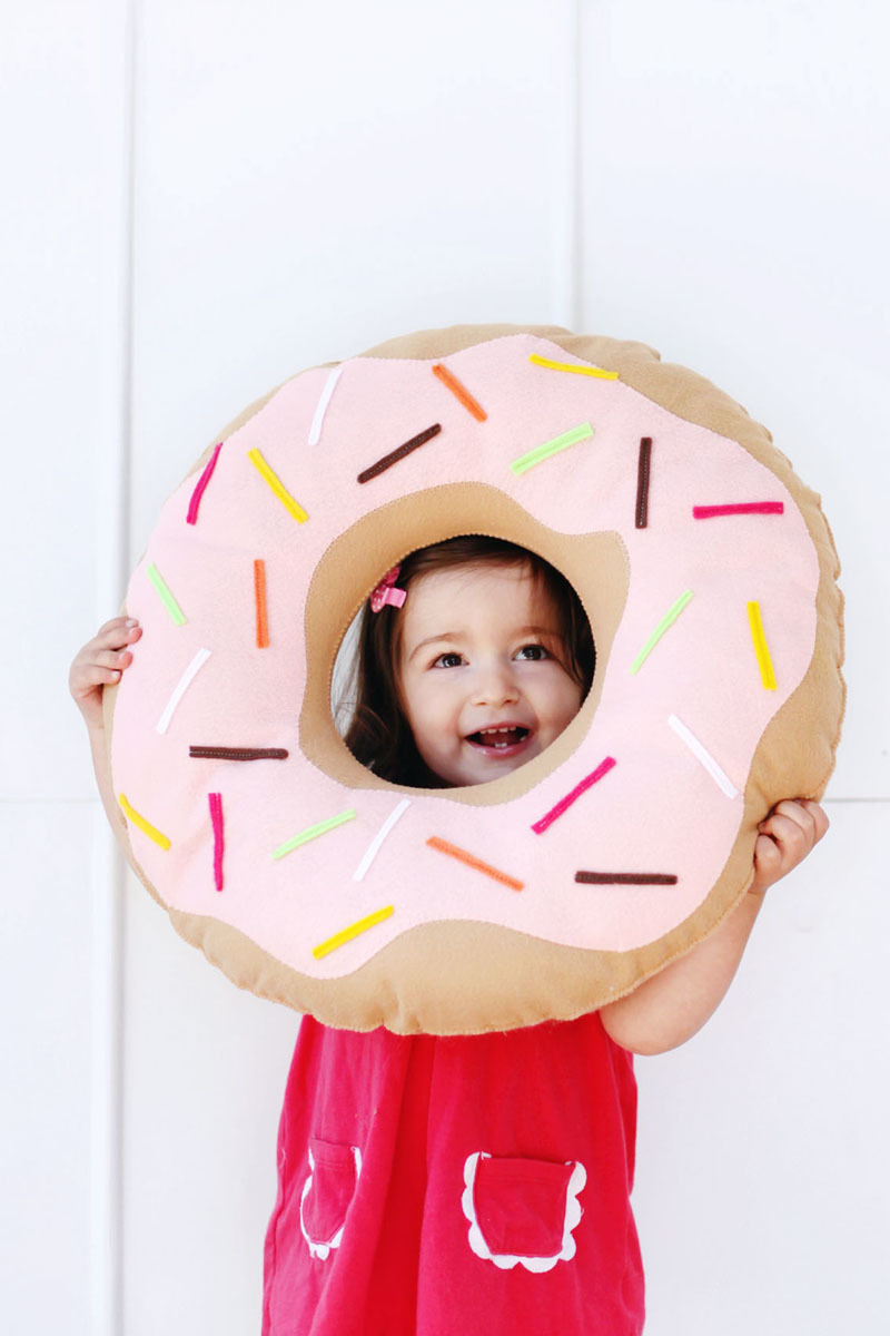 Donut Diy Pillow Pattern Allfreesewing Com