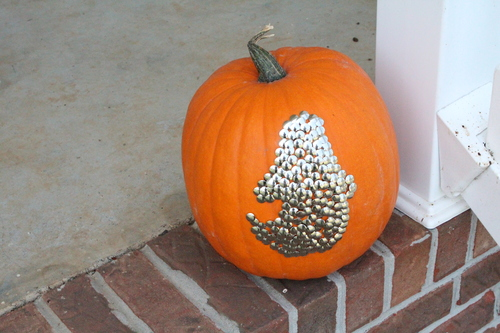 No-Carve Thumbtack Pumpkin