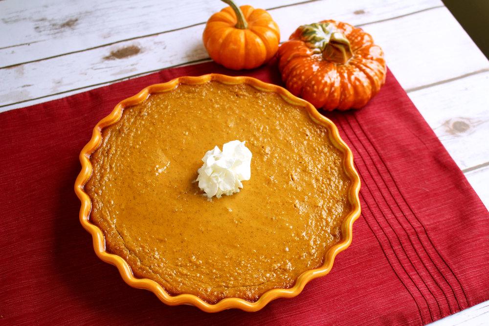 Crustless Classic Pumpkin Pie | TheBestDessertRecipes.com