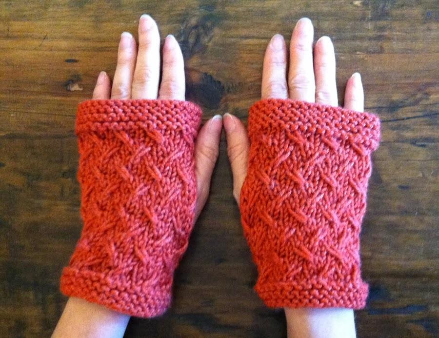 Fingerless Mitts Knitting Pattern : Wild Oats Fingerless Mitts AllFreeKnitting.com