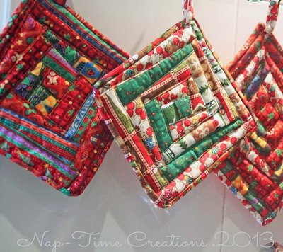 Scrappy Christmas Pot Holders