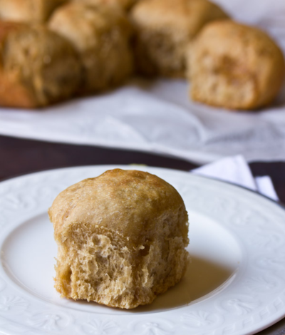 Slow Cooker Apple Butter Yeast Rolls
