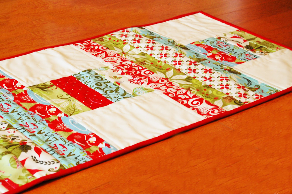 45 Free Jelly Roll Quilt Patterns + New Jelly Roll Quilts ... : jellyroll quilt pattern - Adamdwight.com