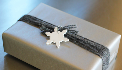 Sparkly Snowflake Gift Tags