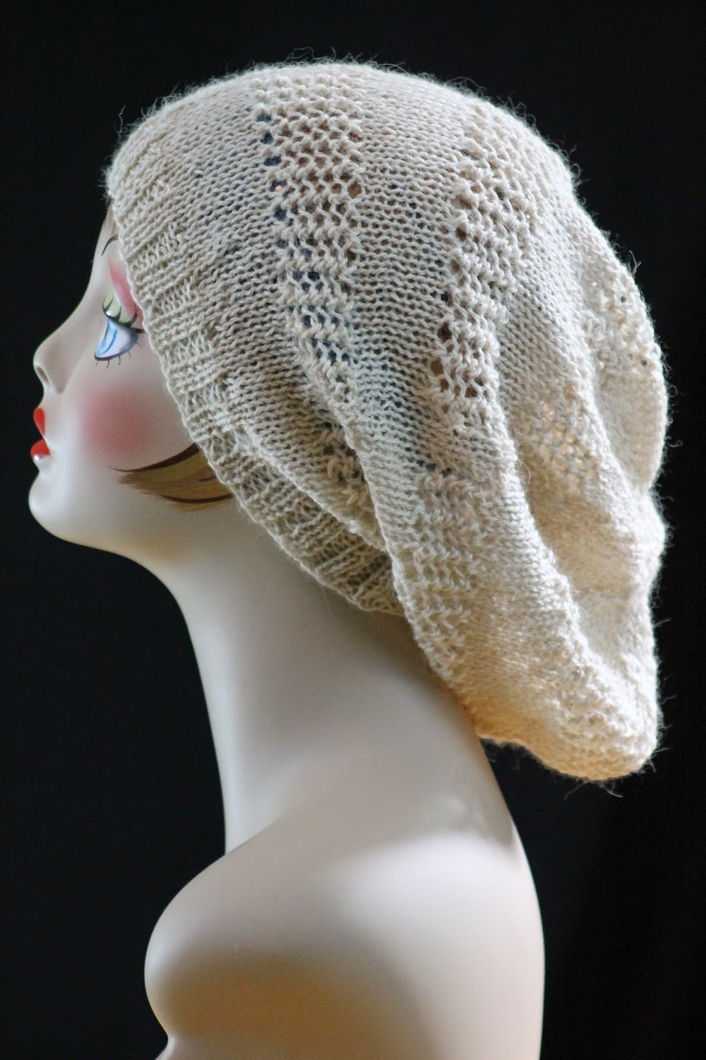 Free Hat Knitting Patterns Straight Needles : Super Slouch Hat AllFreeKnitting.com