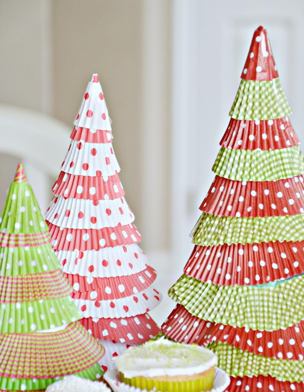 cupcake liner christmas trees allfreeholidaycraftscom