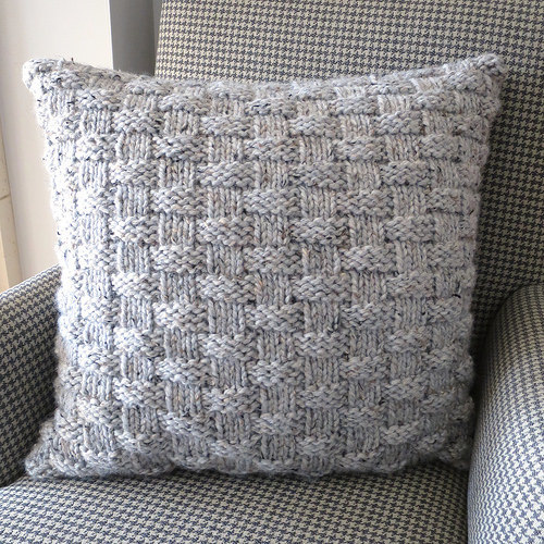 Knitting Basket Weave : Basket weave pillow allfreeknitting