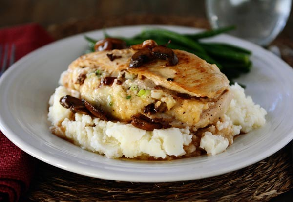 Homemade olive garden stuffed chicken marsala for Olive garden stuffed chicken marsala recipe