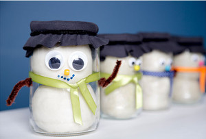Snowman Playdough in a Jar