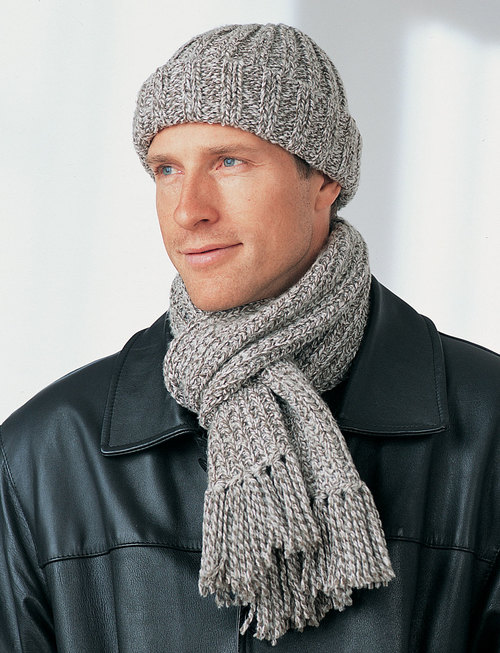 Men\'s Winter Hat and Scarf | FaveCrafts.com