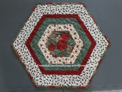 Christmas Hexie Table Topper Favequilts Com