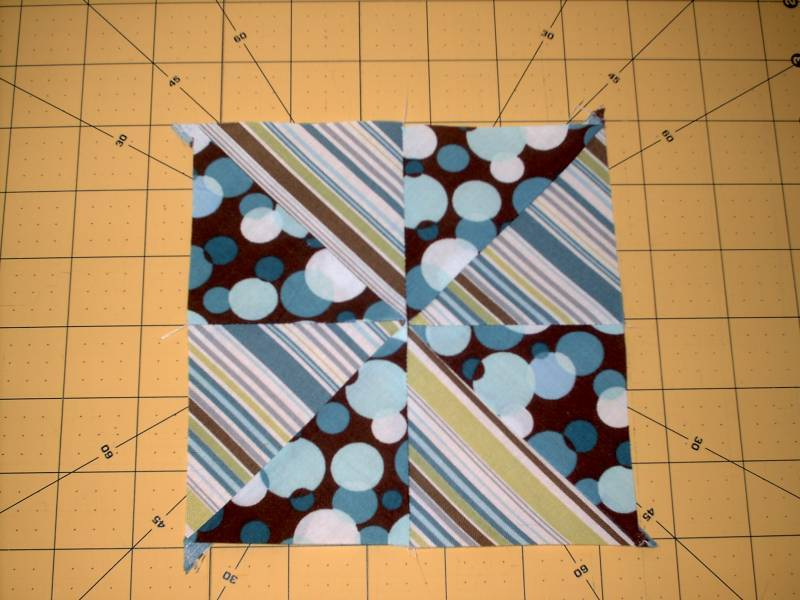 Charm Pack To Pinwheel Block Favequilts Com