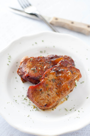 Peachy Keen Glazed Pork Chops