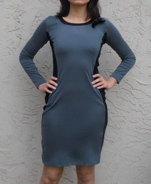 如何起草图案:毛衣裙 Read more 在  http://www.allfreesewing.com/Dress-Patterns/How-to-Draft-a-Pattern-Sweater-Dress-from-on-the-cutting-floor#MS4Ho0rEuD2OgAmH.99