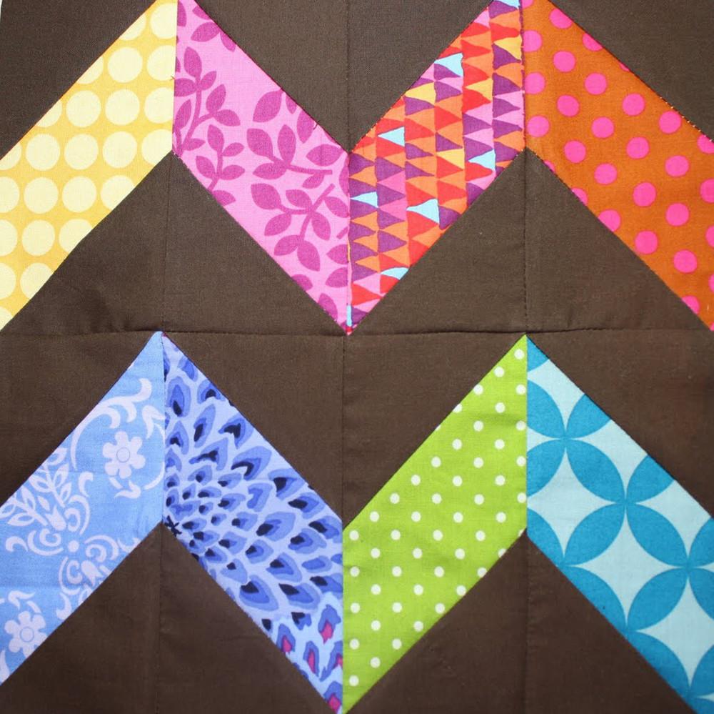 Zigzag Quilt Block | FaveQuilts.com : fast quilt blocks - Adamdwight.com