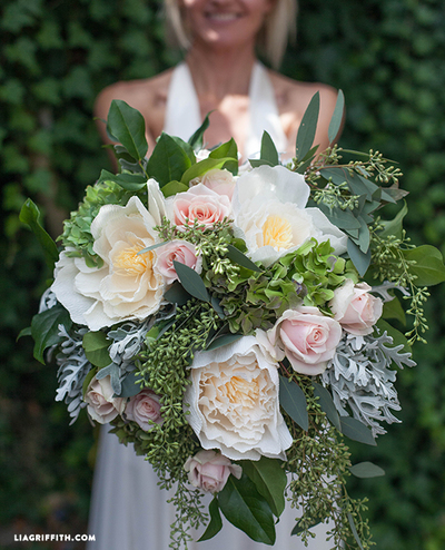 fresh flower bouquets for weddings 2 bridal bouquet with fresh and crepe paper flowers 4359