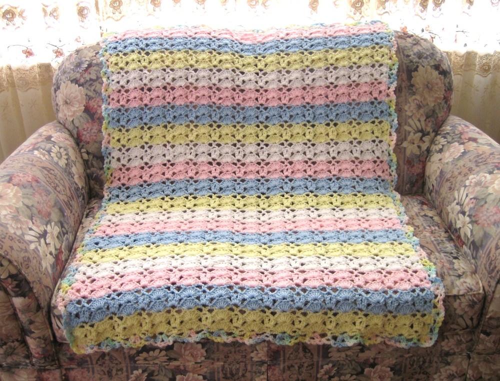Cuddle Up Baby Blanket Crochet Pattern FaveCrafts.com