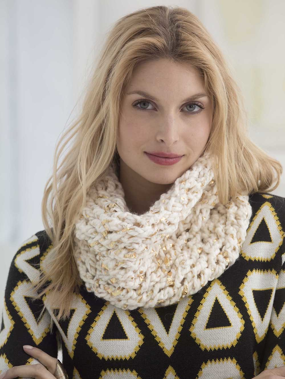18 Cozy & Free Crochet Cowl Patterns | AllFreeCrochet.com
