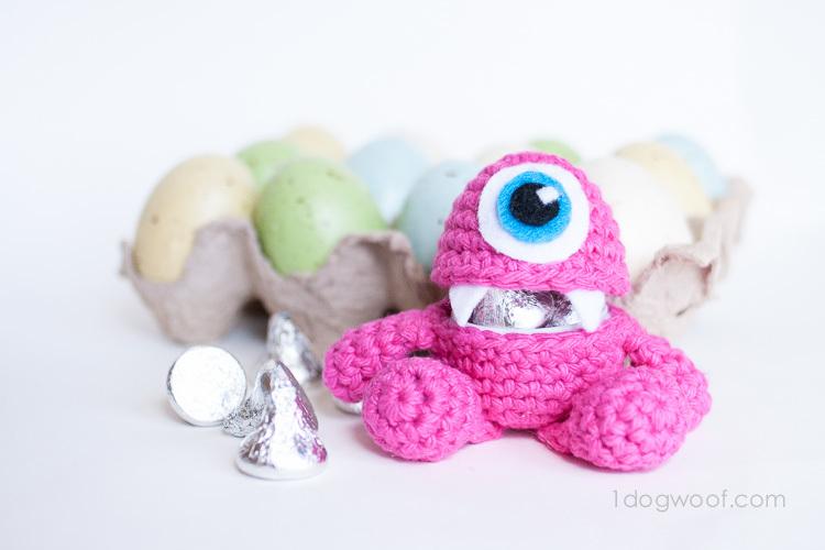 Amigurumi Monster Pattern Free Crochet : Little monster easter egg allfreecrochet