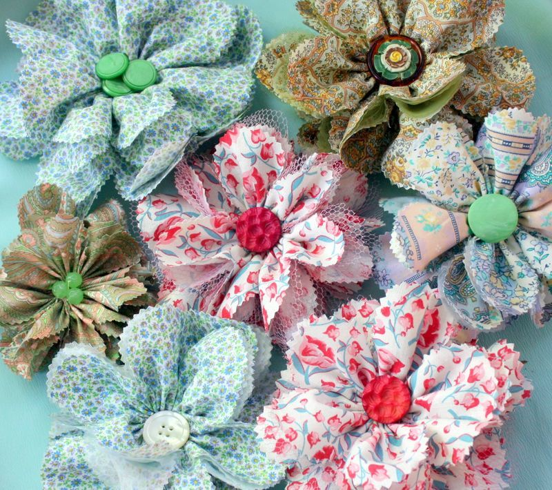 Totally Tulle Diy Fabric Flowers Favecrafts Com