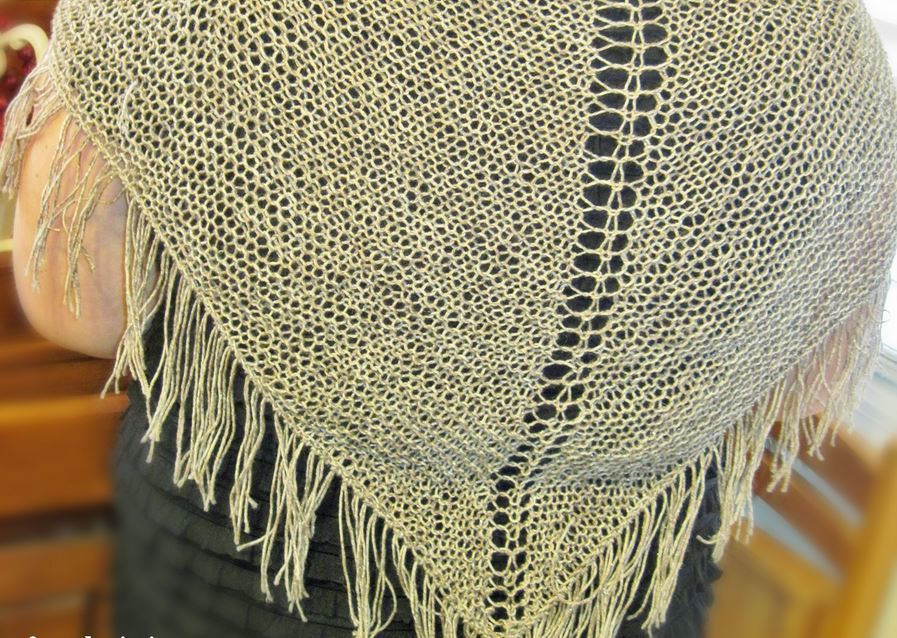 Rustic Open Weave Shawl | AllFreeKnitting.com
