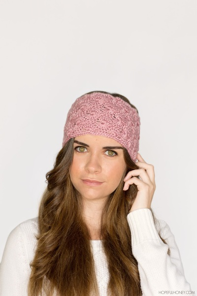 Fun Flapper Crochet Headband Pattern | FaveCrafts.com