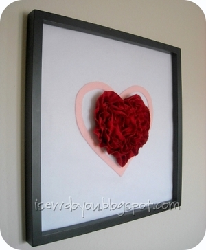 Framed Ruffly Heart