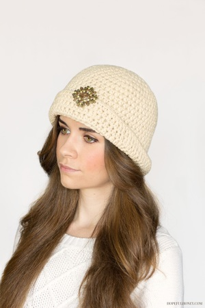 Great Gatsby Crochet Cloche Hat Pattern | FaveCrafts.com