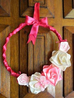 Pretty in Pink DIY Spring Wreath