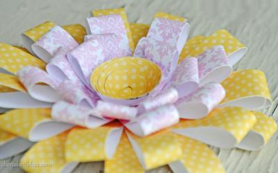 Pink lemonade paper flowers allfreeholidaycrafts pink lemonade paper flowers mightylinksfo