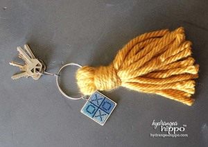 Giant Tassel Keychain Easy Yarn Craft