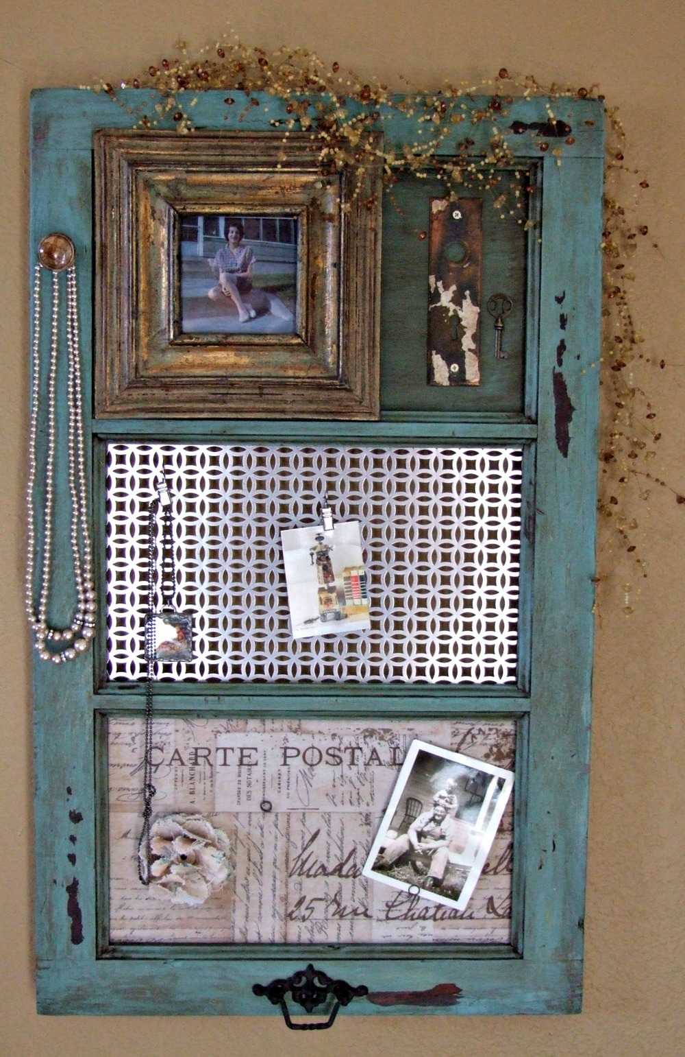 Diy vintage window frame organizer for Old picture frame projects