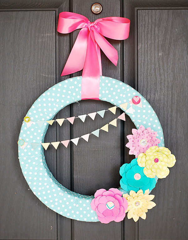 Paper flowers wreath for spring allfreepapercrafts mightylinksfo Choice Image